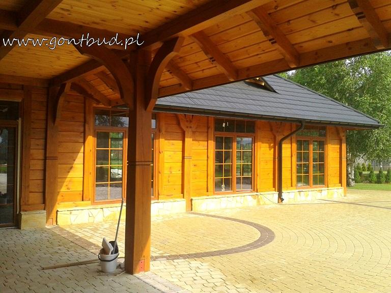 Drewniany dom weselny - detale. fot.K.Malinowski