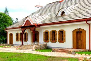 Karczma - zajazd w Miedznie tuż po ukończeniu prac konserwatorskich